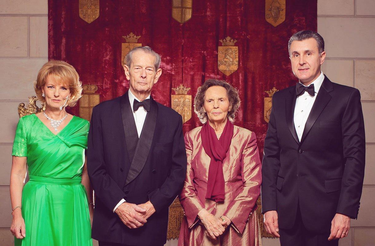 RL: Casa Regală redevine instituţie fundamentală a statului român